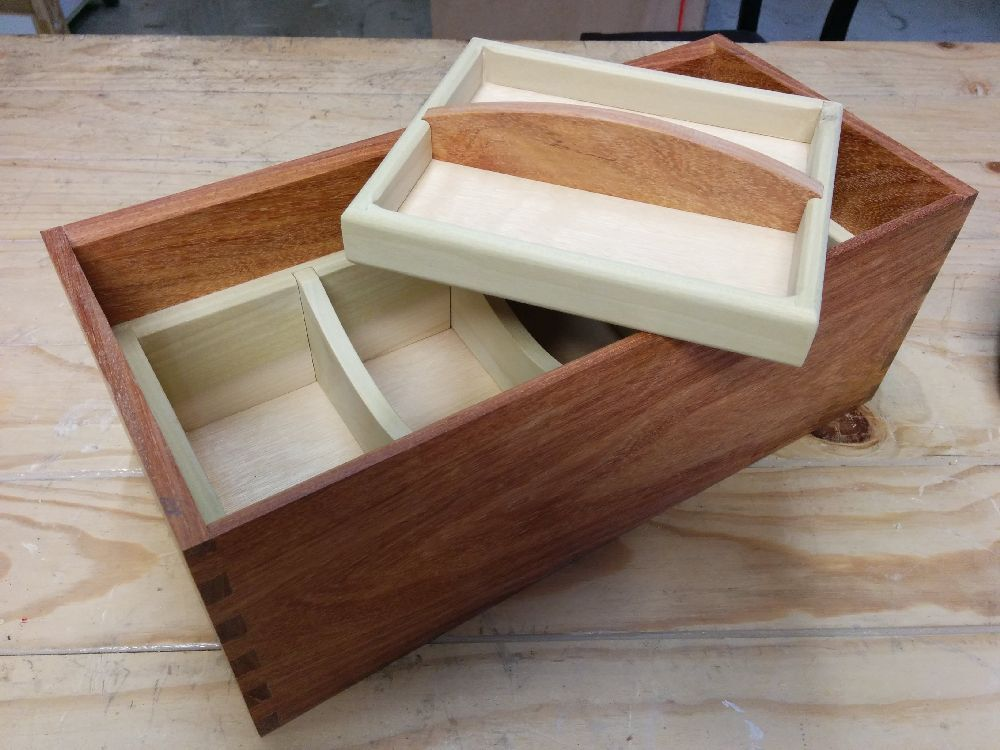 Jewellery box carcass and tray